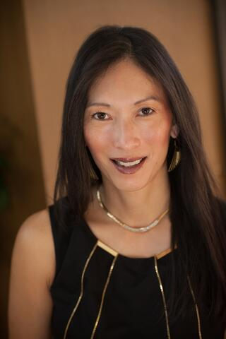 How Great Brand Building Creates Extraordinary Experiences: Denise Lee Yohn